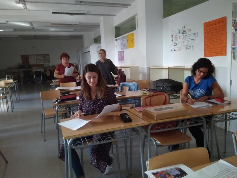 Profesores de centros educativos de la Comunitat Valenciana asisten a las formaciones dentro del proyecto La salud está en tu mano de Farmamundi